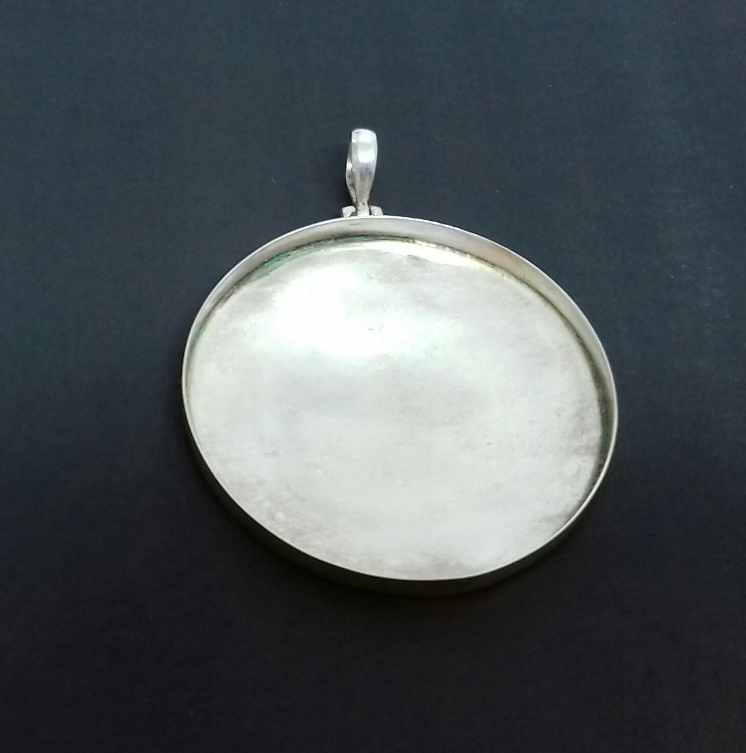 Sterling Silver: Circle pendant base