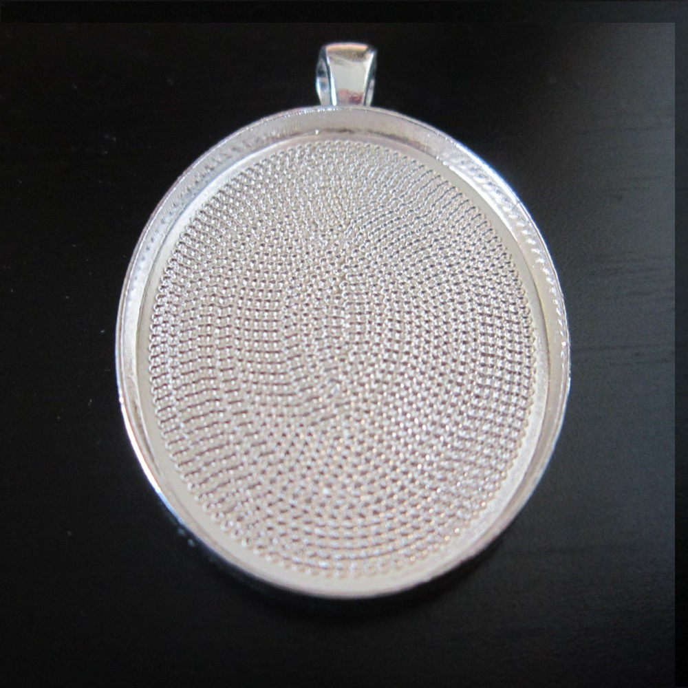 1-NEW! Pendant base : Oval silver plated